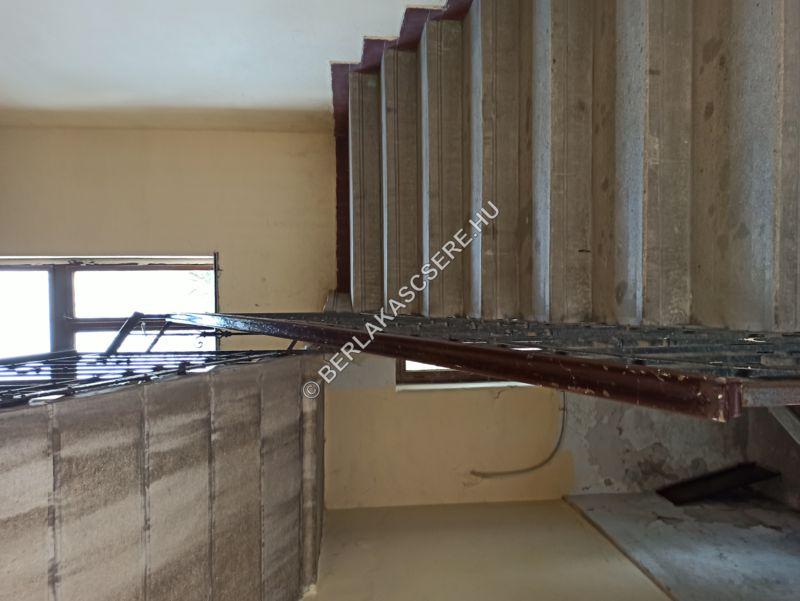 Lépcsőház, közös terület